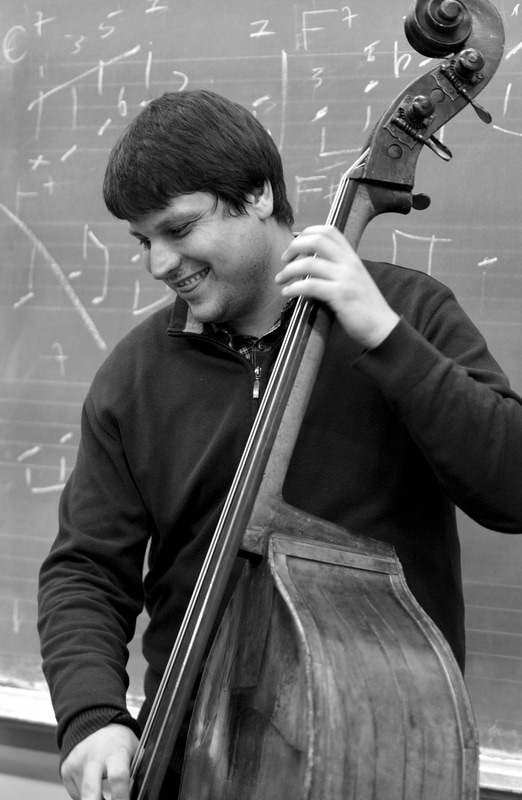 Kiril Tufekcievski bass